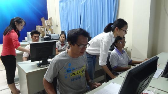 孔子学院将现代技术引进课堂