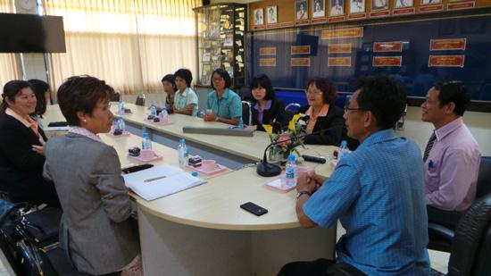 泰国素攀孔子学院积极开拓汉语培训市场平台