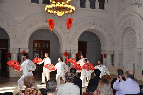罗马尼亚多瑙河下游大学举办中国日活动
