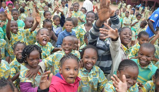 喀麦隆雅二大汉语文化推广中心又一新增小学汉语培训班正式开课