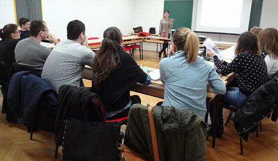 克罗地亚历史名城杜布罗夫尼克迎来第一堂汉语课
