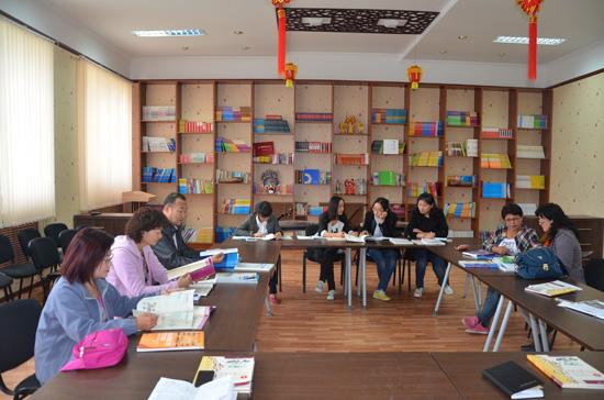 哈萨克斯坦阿克托别朱巴诺夫国立大学举行汉语教学研讨会