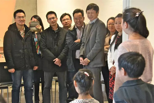 中国驻荷兰大使馆官员走访乌特勒支中文学校